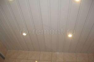 Подвесной реечный потолок 1 (мал.)