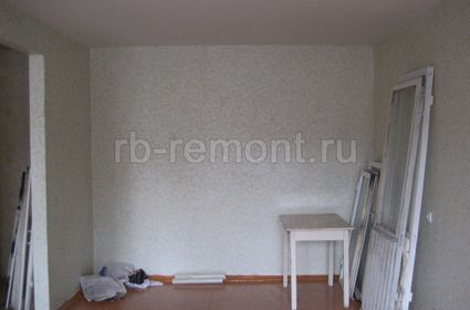 http://www.rb-remont.ru/raboty/photo_/hmelnitckogo-60.1-00/gostinaya/002_do.jpg (мал.)