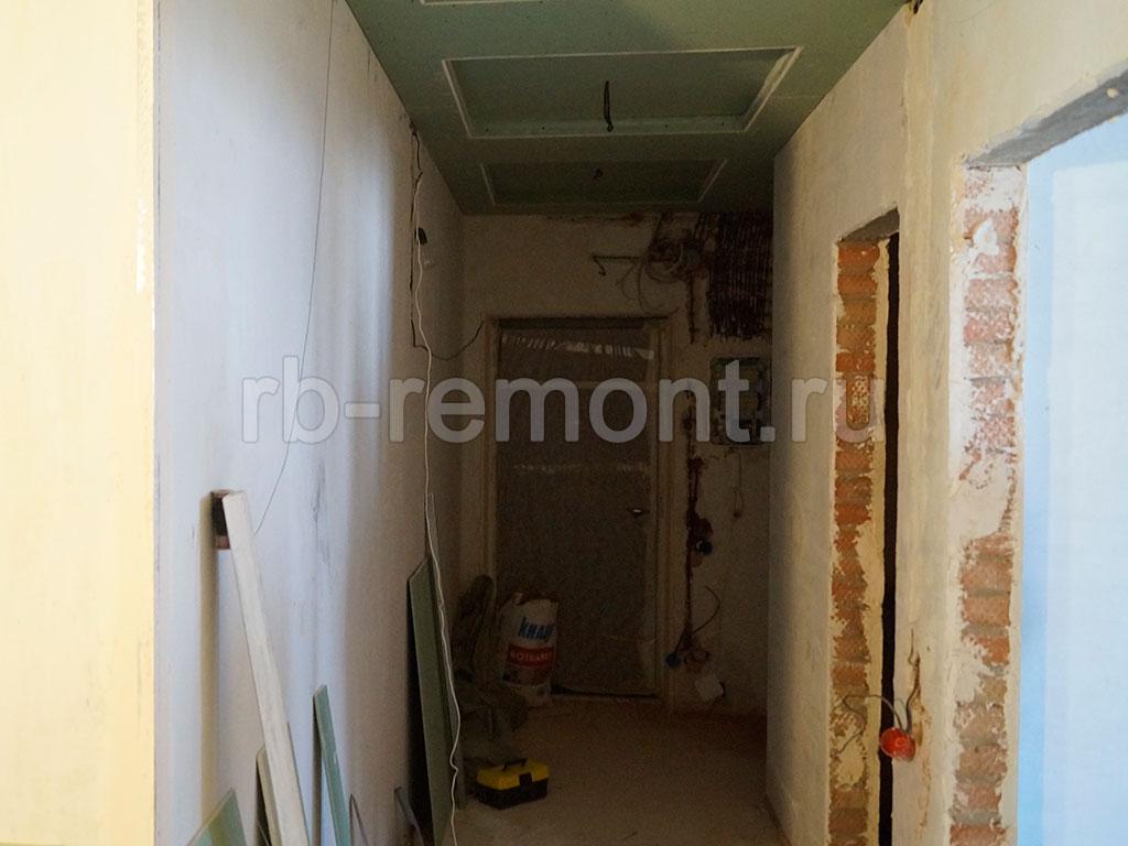 http://www.rb-remont.ru/raboty/photo_/karla-marksa-60-44/koridor/004_do.jpg (бол.)