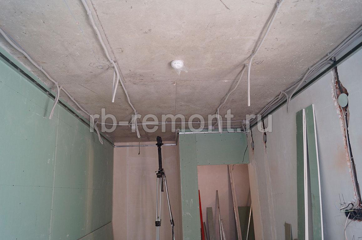 http://www.rb-remont.ru/raboty/photo_/karla-marksa-60-44/spalnya_2/004_do.jpg (бол.)