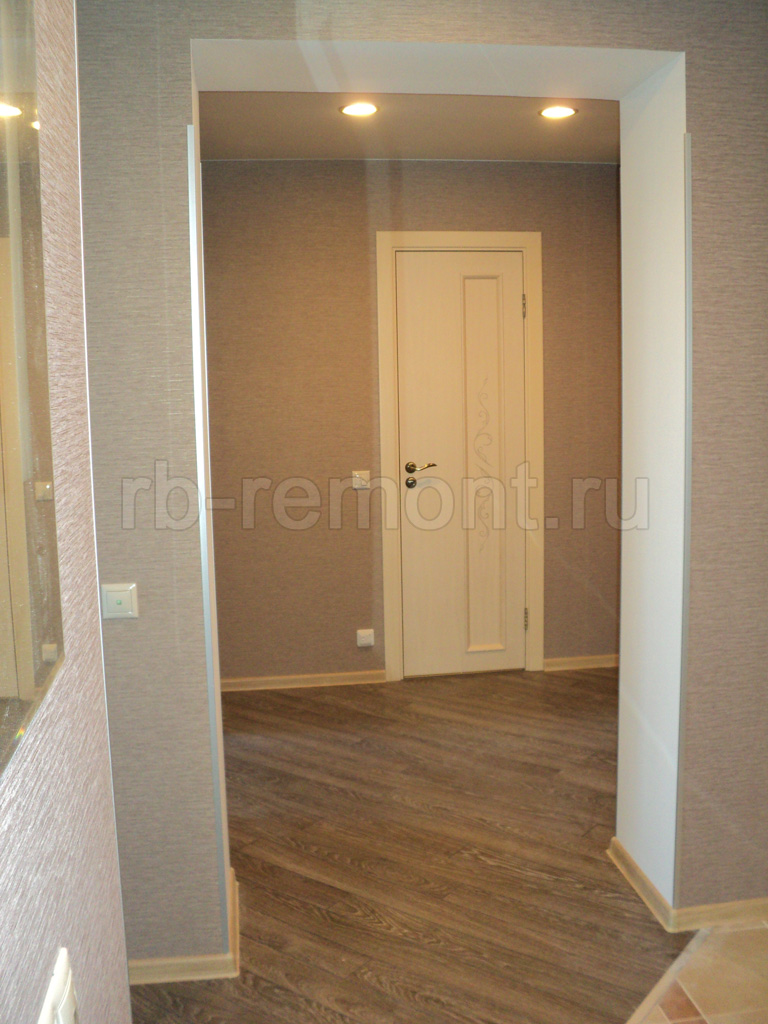 http://www.rb-remont.ru/raboty/photo_/koridor-i-prihozhaja/koridor03.jpg (бол.)