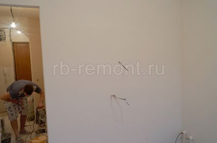 http://www.rb-remont.ru/raboty/photo_/koroleva-4-00/final/kuhnya_004_do.jpg (мал.)