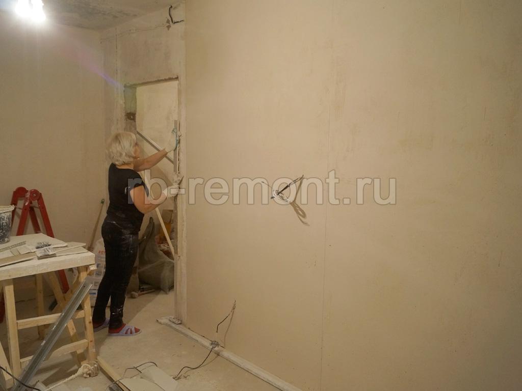 http://www.rb-remont.ru/raboty/photo_/koroleva-4-00/final/zal_001_do.jpg (бол.)