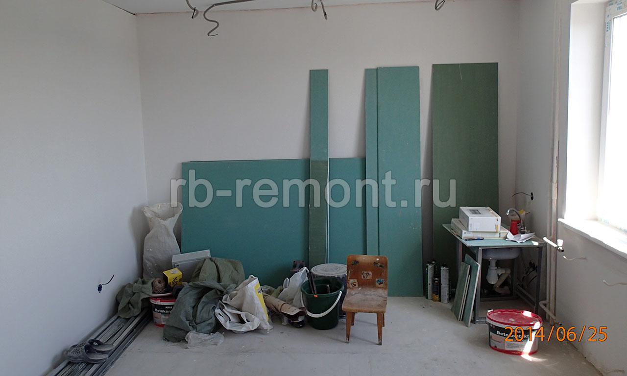 http://www.rb-remont.ru/raboty/photo_/pervomayskaya-71-56/gostinaya/001_do.jpg (бол.)