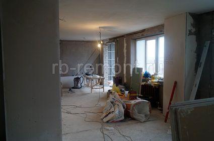 http://www.rb-remont.ru/raboty/photo_/revolucionnaja-68-00/gostinaya/002_do.jpg (мал.)