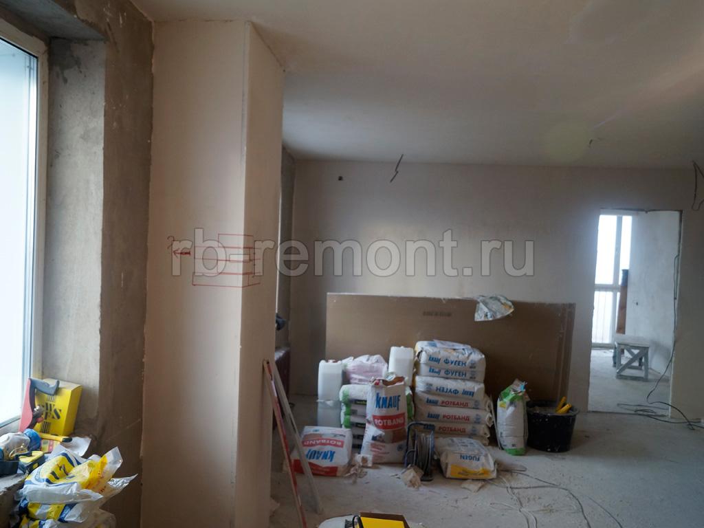 http://www.rb-remont.ru/raboty/photo_/revolucionnaja-68-00/gostinaya/003_do.jpg (бол.)