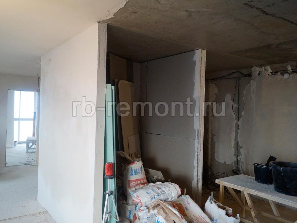 http://www.rb-remont.ru/raboty/photo_/revolucionnaja-68-00/koridor_bol/001_do.jpg (бол.)