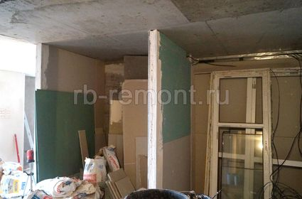 http://www.rb-remont.ru/raboty/photo_/revolucionnaja-68-00/koridor_bol/003_do.jpg (мал.)