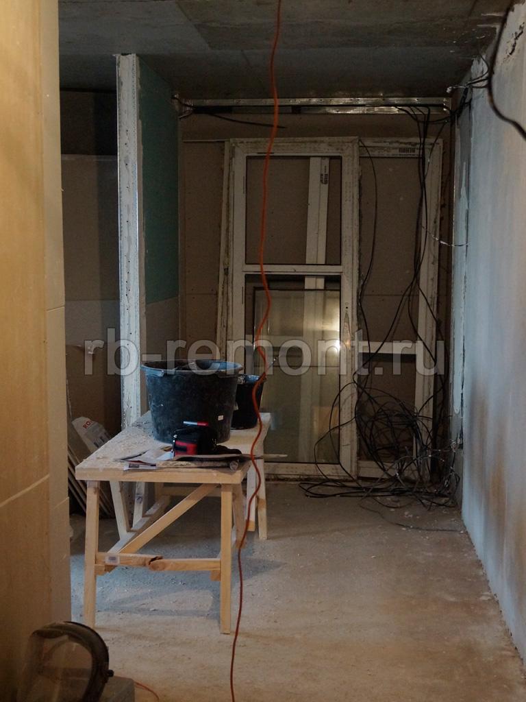 http://www.rb-remont.ru/raboty/photo_/revolucionnaja-68-00/koridor_mal/001_do.jpg (бол.)