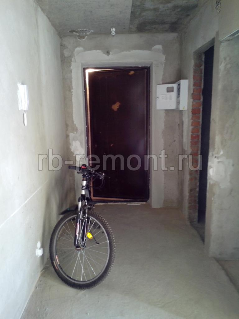 http://www.rb-remont.ru/raboty/photo_/revolucionnaja-68-00/koridor_mal/002_do.jpg (бол.)