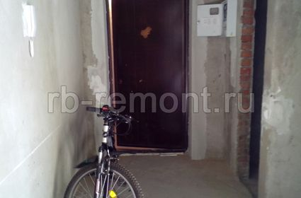 http://www.rb-remont.ru/raboty/photo_/revolucionnaja-68-00/koridor_mal/002_do.jpg (мал.)