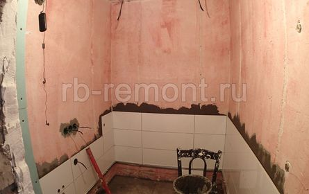 http://www.rb-remont.ru/raboty/photo_/revolucionnaja-72-100/sanuzel_main/do/1.jpg (мал.)