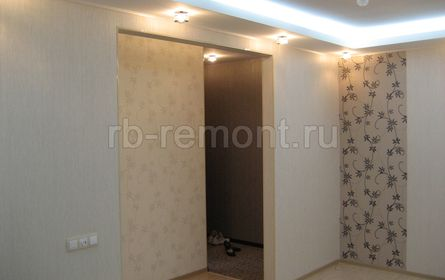 http://www.rb-remont.ru/remont-pod-kljuch/hmelnitckogo-60.1-00/gostinaya001.jpg (мал.)