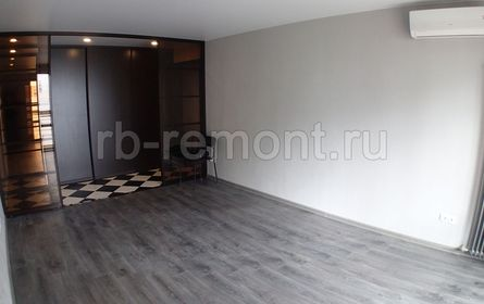 http://www.rb-remont.ru/remont-pod-kljuch/revolucionnaja-72-100/gostinaya/2.jpg (мал.)