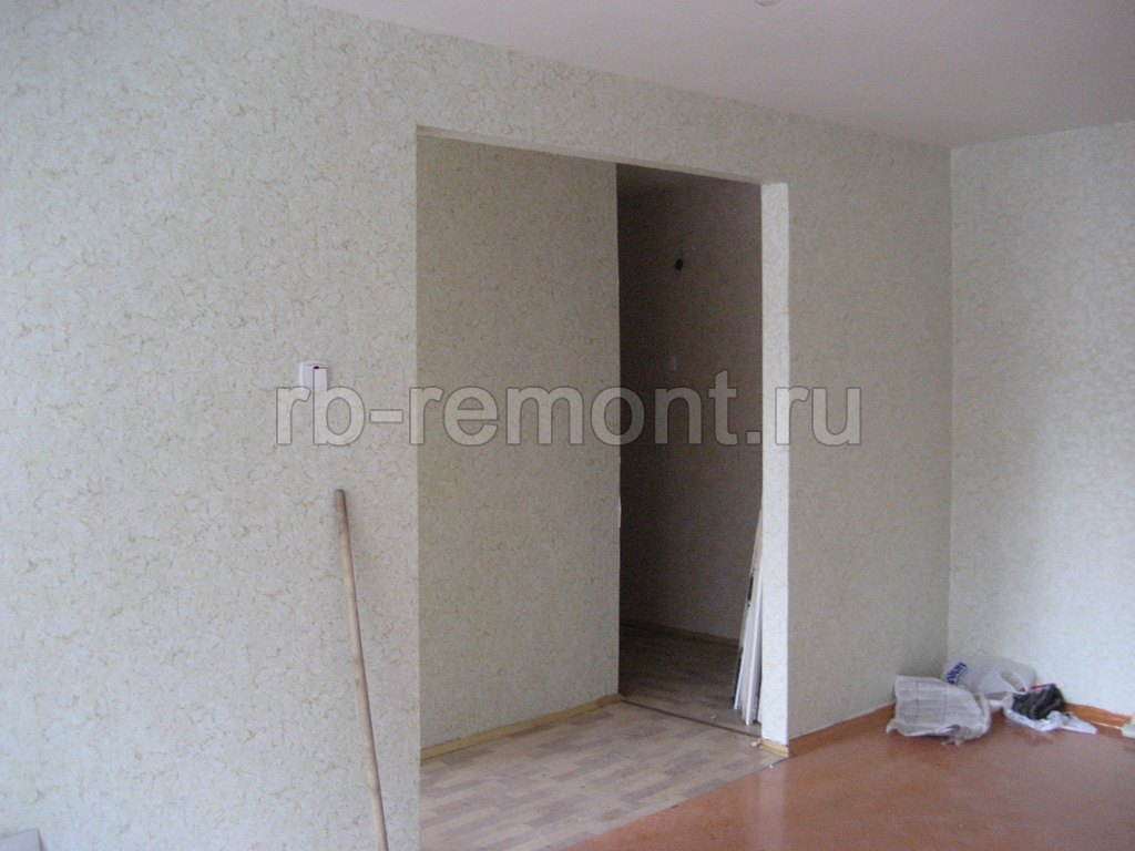 https://www.rb-remont.ru/raboty/photo_/hmelnitckogo-60.1-00/gostinaya/003_do.jpg (бол.)
