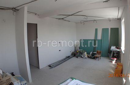 https://www.rb-remont.ru/raboty/photo_/pervomayskaya-71-56/gostinaya/003_do.jpg (мал.)